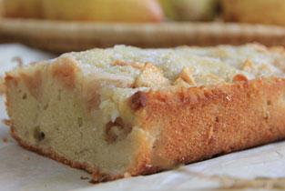 gâteau aux fruits d'été très mûrs