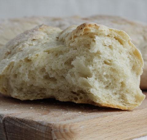 photo d'un pain à la mie aérée
