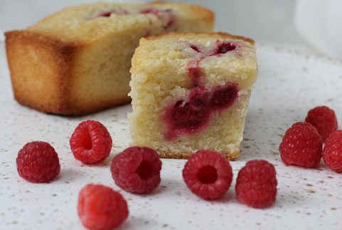 photo de financiers aux framboises